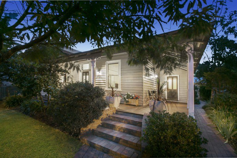 24 Carpenter Street, Quarry Hill VIC 3550, Image 1