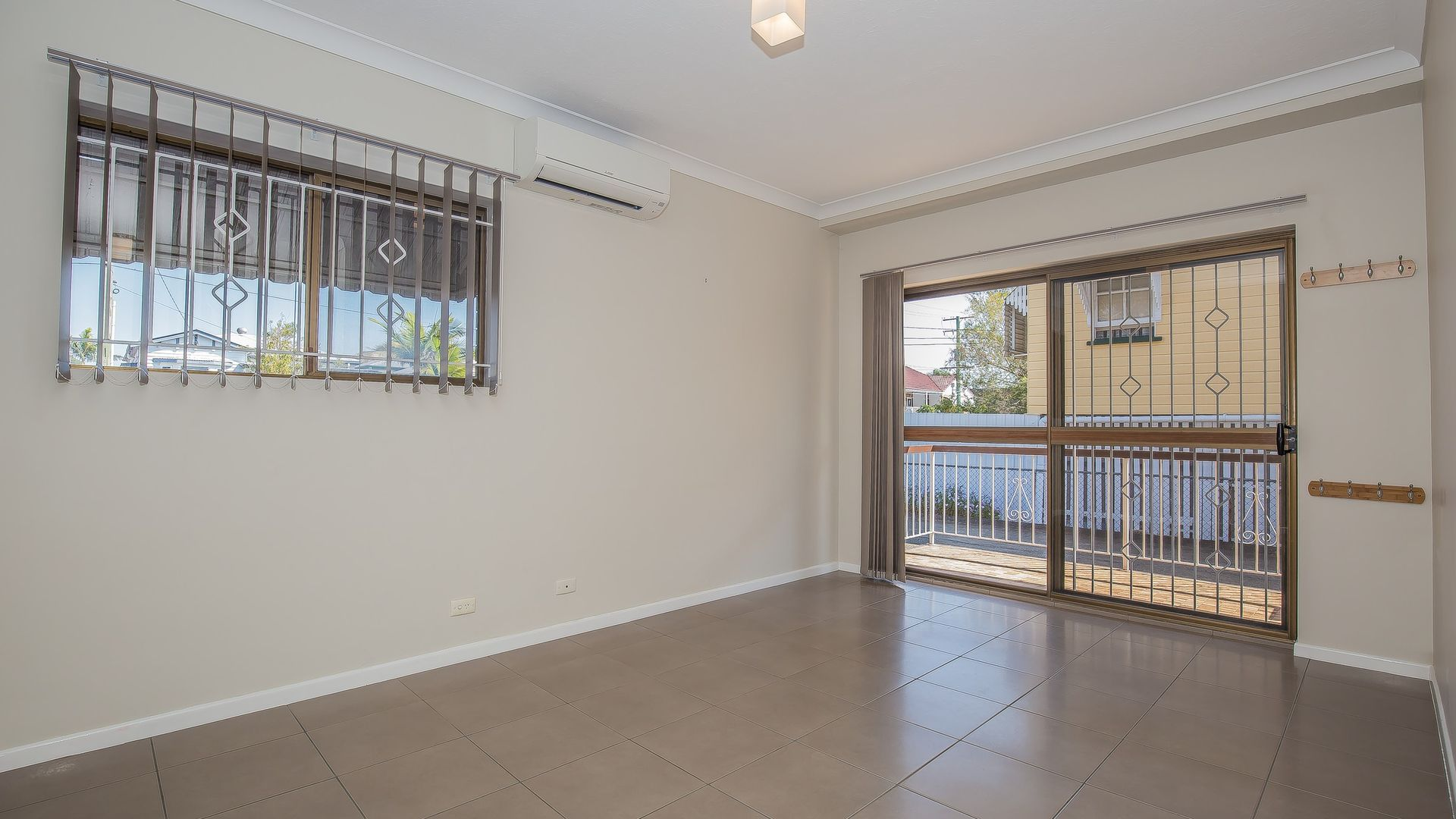 1/18 Bunya Street, Greenslopes QLD 4120, Image 2