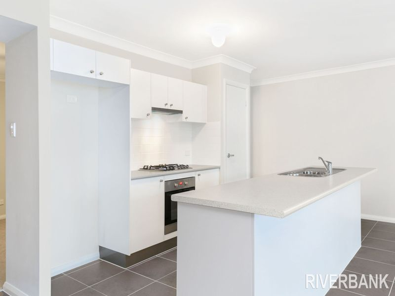 38 Kingsbury Road, Edmondson Park NSW 2174, Image 1