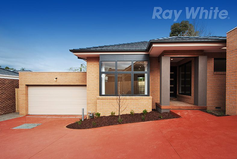 2/9 THACKERAY COURT, Croydon VIC 3136, Image 0