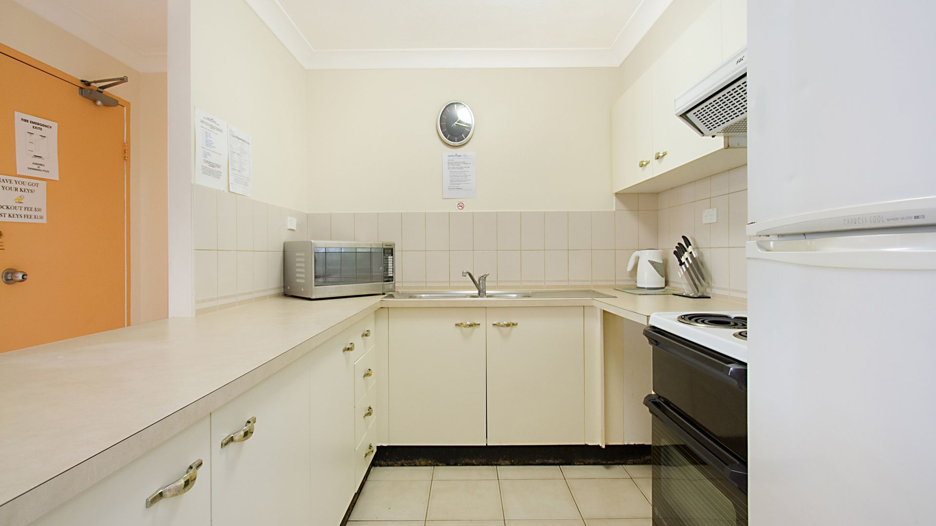 Unit 31 'Anchordown' 27 Peninsular Drive, Surfers Paradise QLD 4217, Image 2