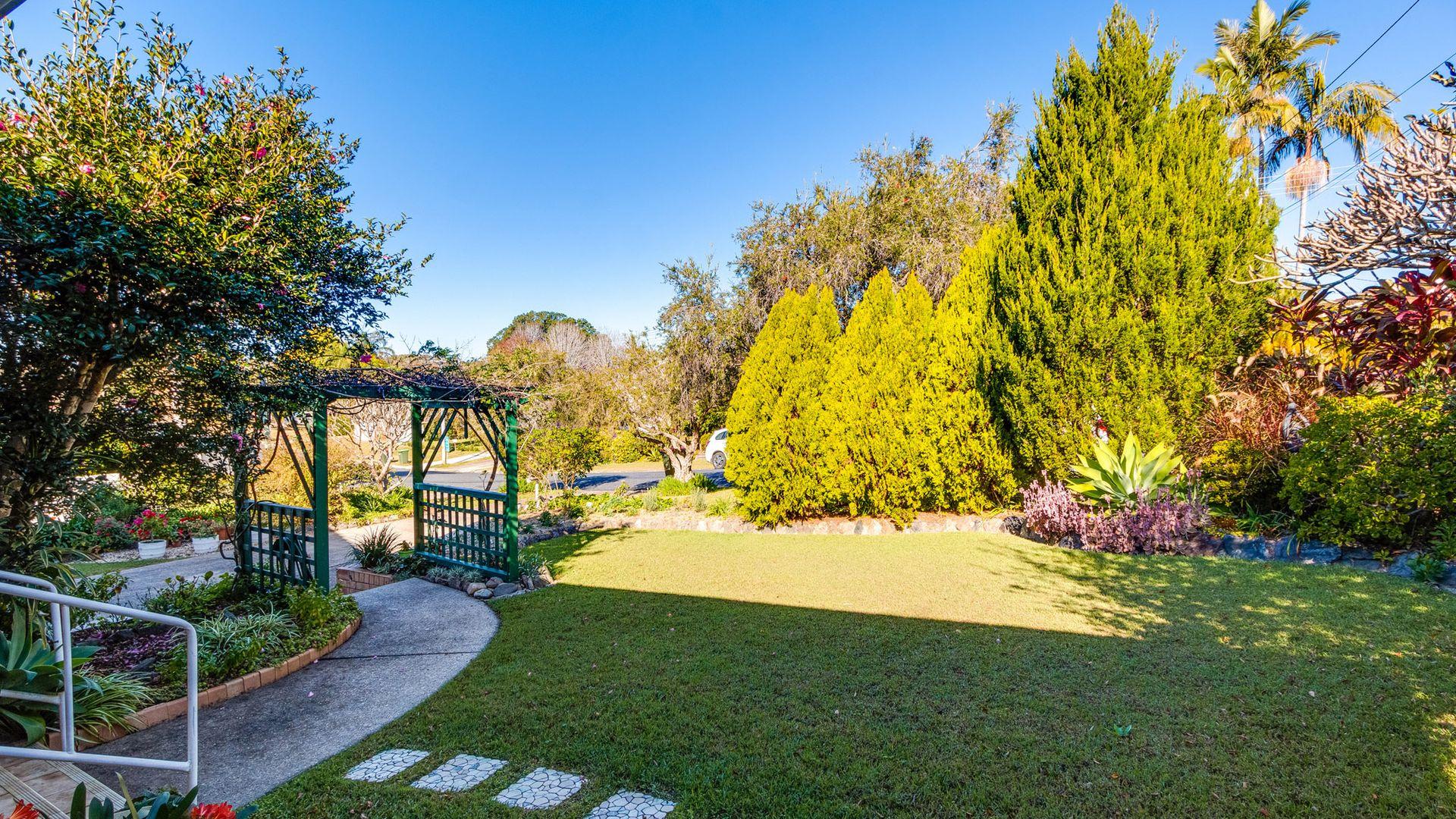 9 Gillibri Crescent, Sawtell NSW 2452, Image 2