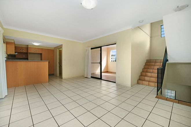 Picture of 7/2-4 Henry Street, REDCLIFFE QLD 4020