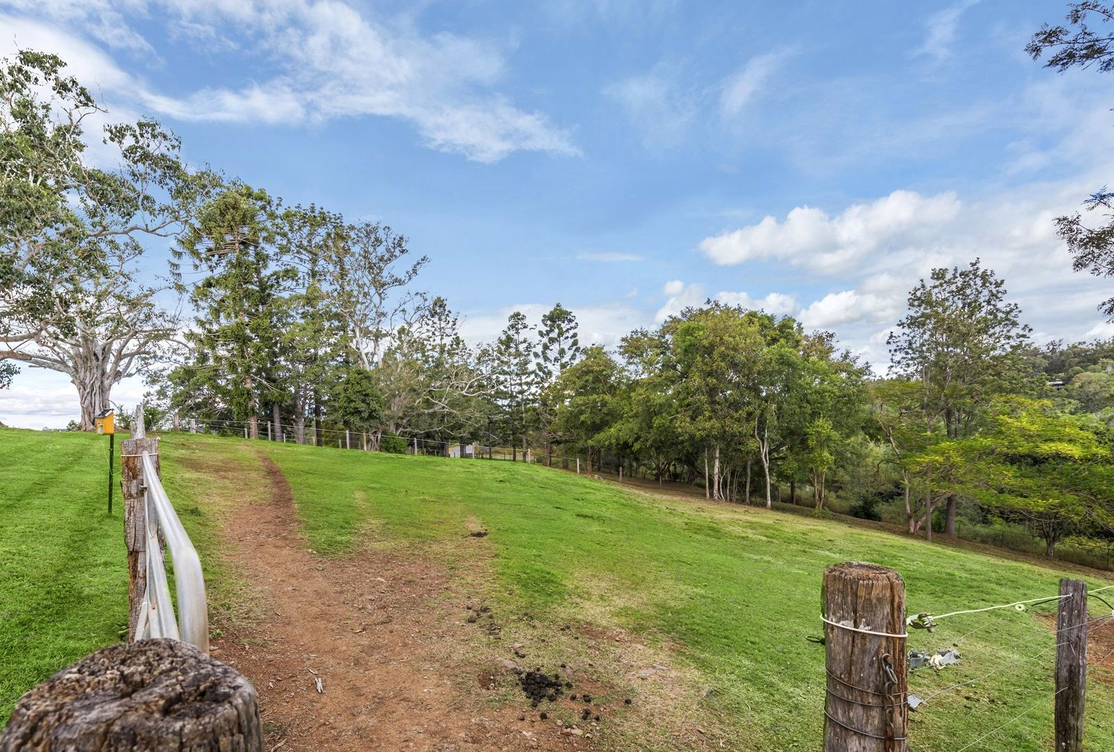 120 OBrien Road, Pullenvale QLD 4069, Image 2