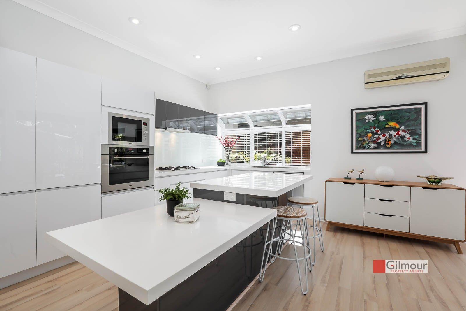 3 Windarra Place, Castle Hill NSW 2154, Image 2