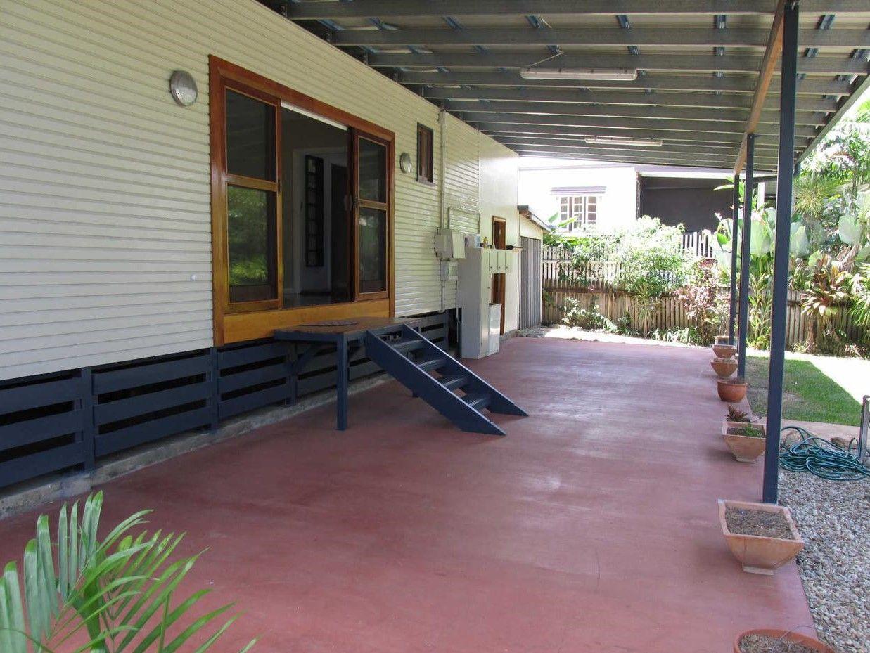 6 Keeble Street, Edge Hill QLD 4870, Image 1