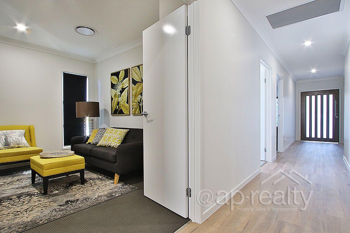 29 Olive Avenue, Greenbank QLD 4124, Image 2