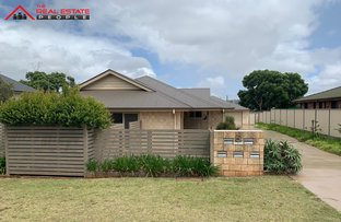 Picture of 2/5 Gauntlet Street, North Toowoomba QLD 4350