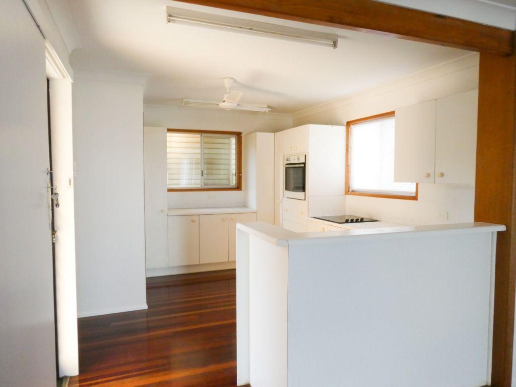 2/12 Turner Road, Wandal QLD 4700, Image 2