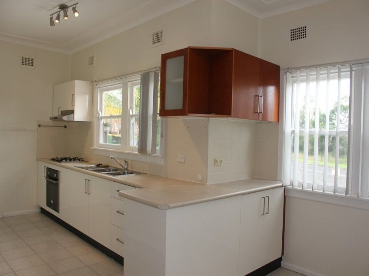3 Dennistoun Avenue, Guildford NSW 2161, Image 1