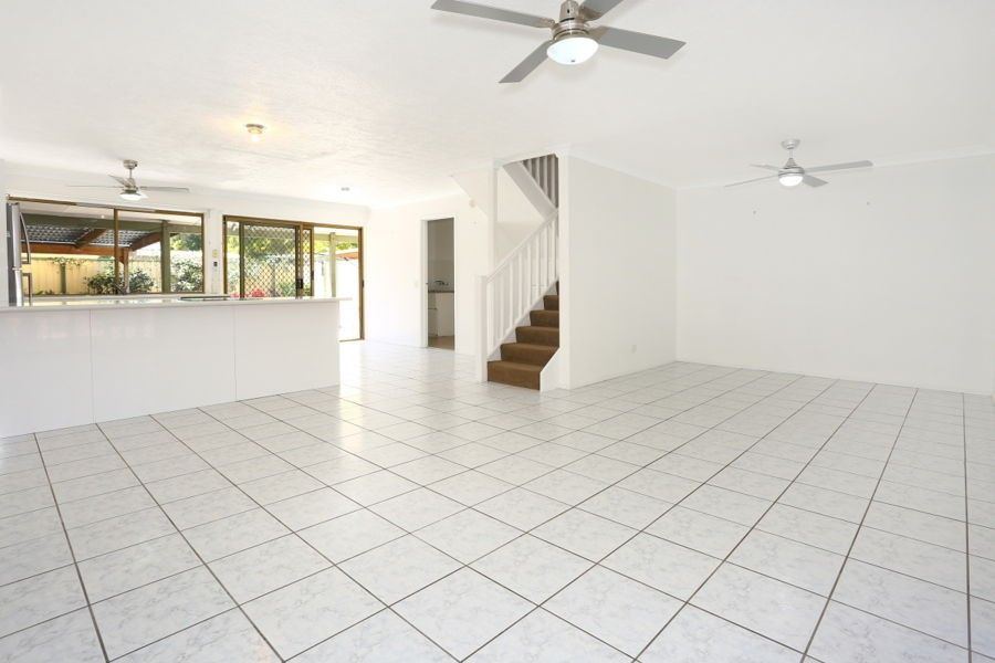 9/469 Pine Ridge Road, Runaway Bay QLD 4216, Image 0