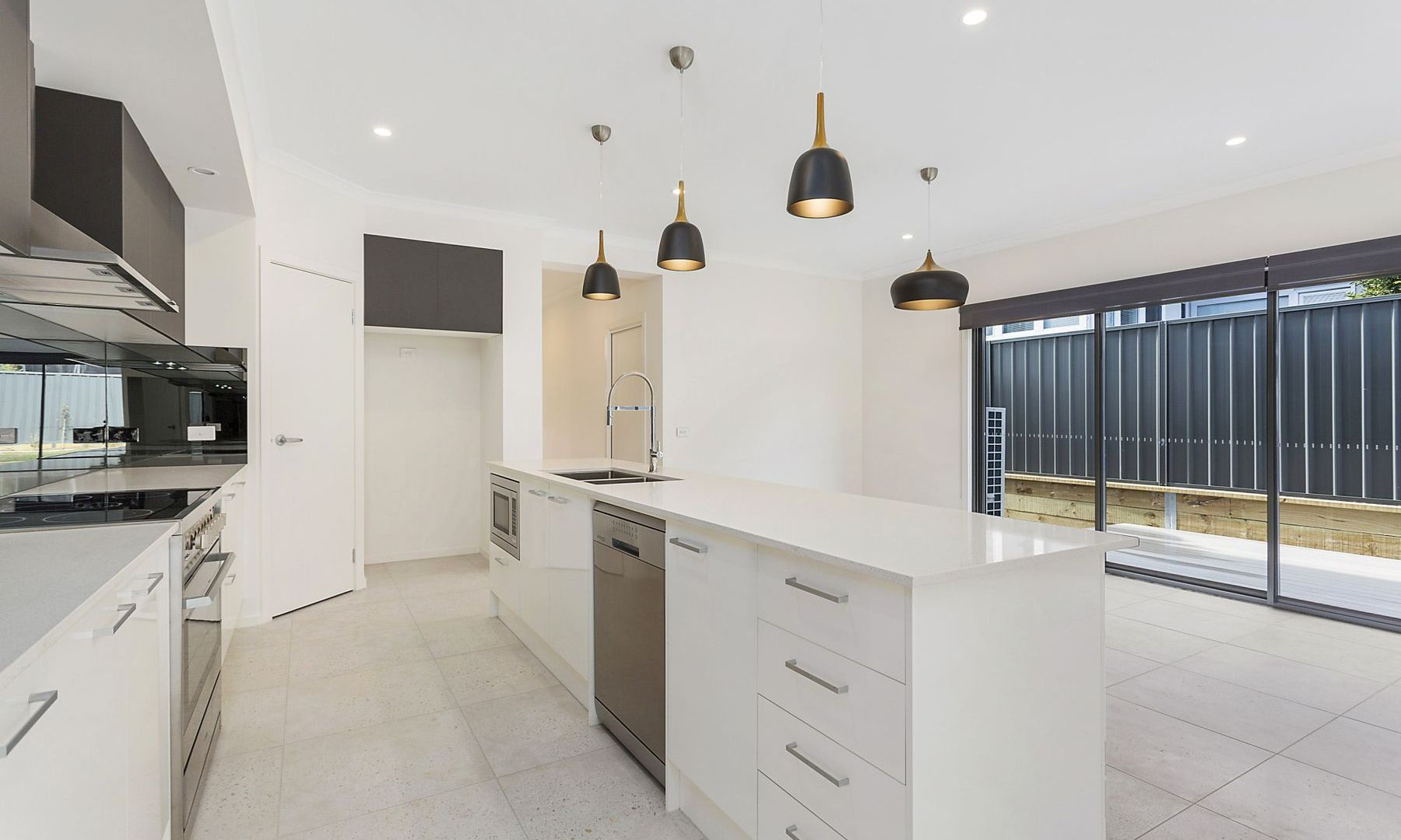98A President Ave, Caringbah NSW 2229, Image 2