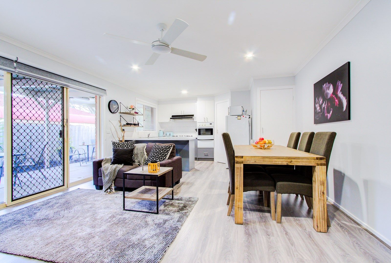 44 The Parkway, Hampton Park VIC 3976, Image 2