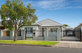 Picture of 70 Kent Road, Pascoe Vale VIC 3044