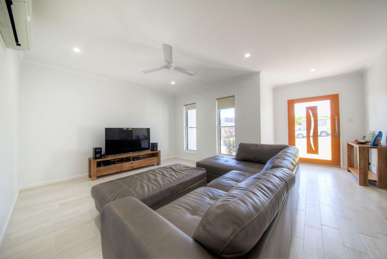48 Cocoanut Point Drive, Zilzie QLD 4710, Image 2