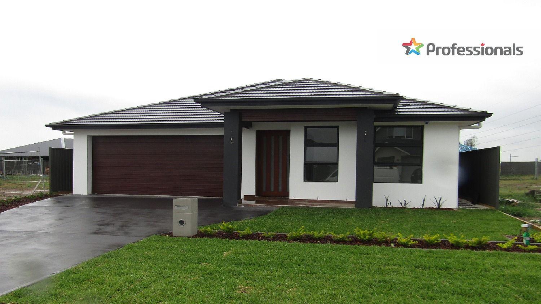 5 Churcher Street, Catherine Field NSW 2557, Image 0