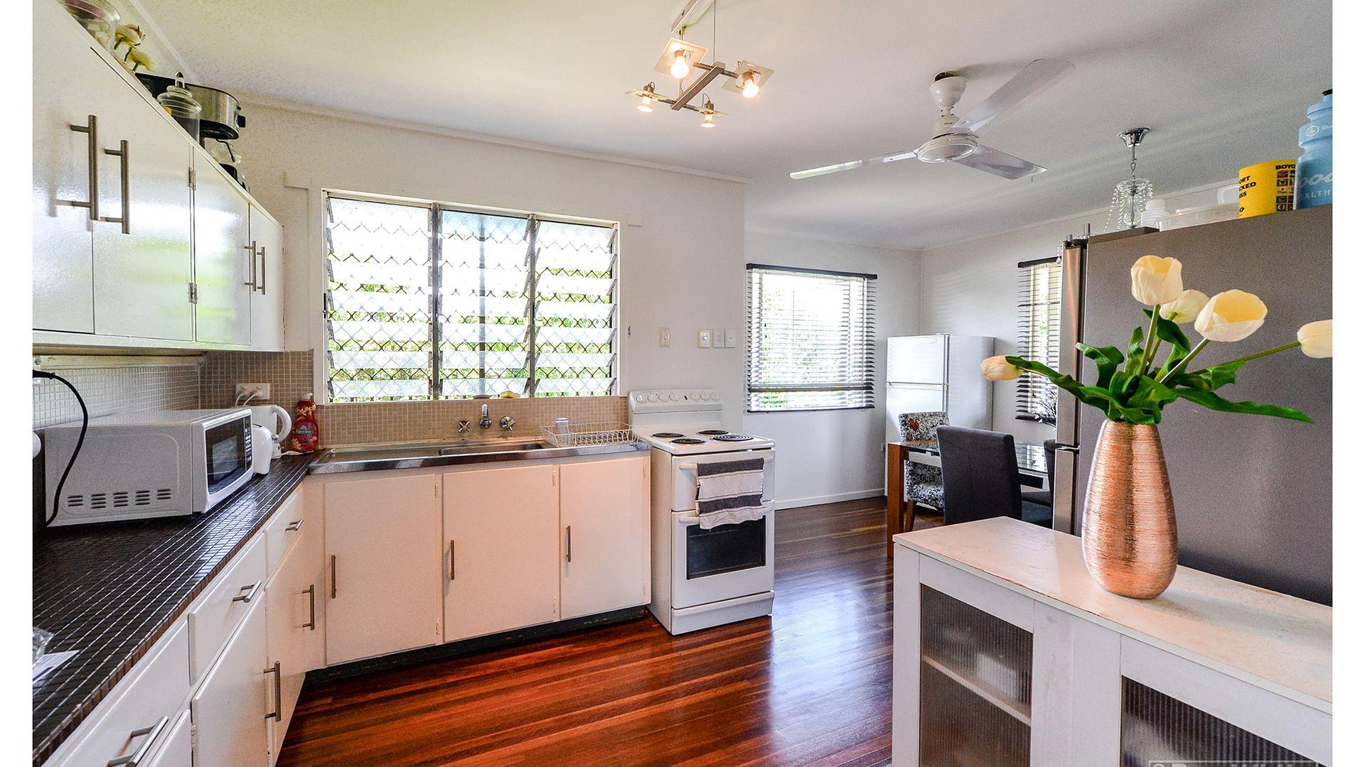 190 Mostyn Street, Berserker QLD 4701, Image 1