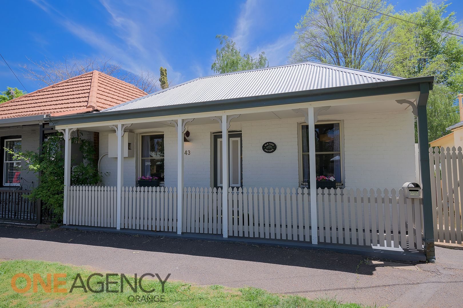 43 Clinton  Street, Orange NSW 2800, Image 2