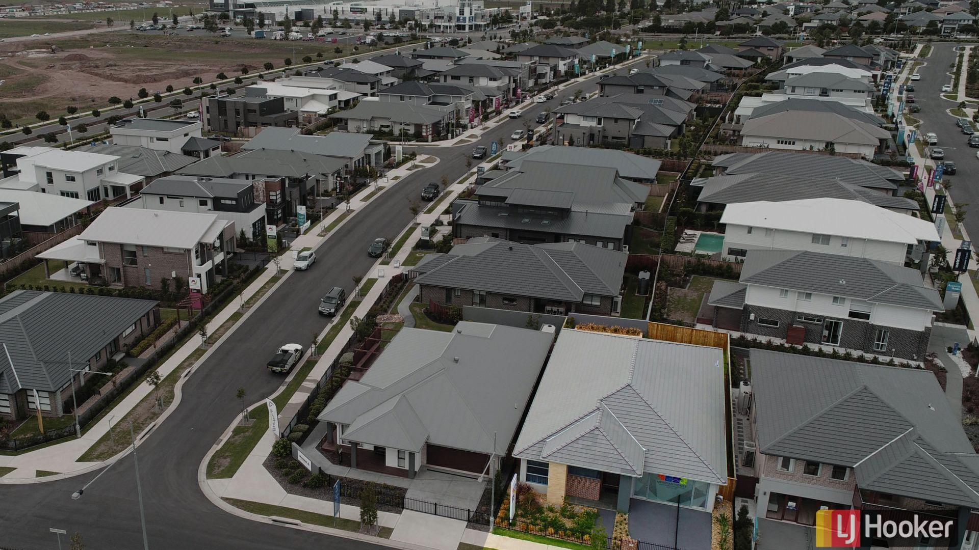 32 Webber Loop, Oran Park NSW 2570, Image 1