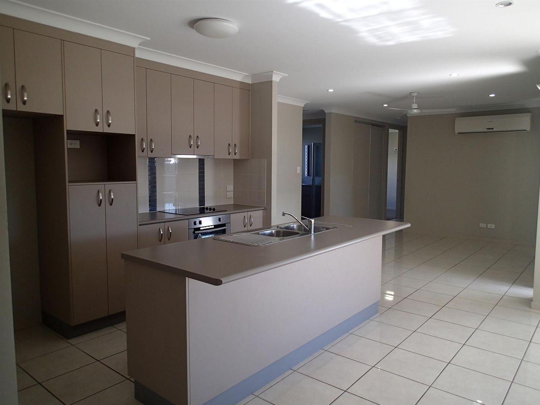 37 Pacific Avenue, Sarina QLD 4737, Image 2