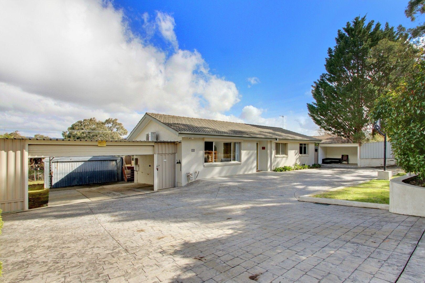 3 bedrooms House in 31 Cuthbert Circuit WANNIASSA ACT, 2903