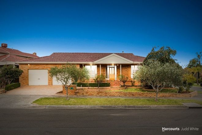 Picture of 38 Cromwell Drive, ROWVILLE VIC 3178