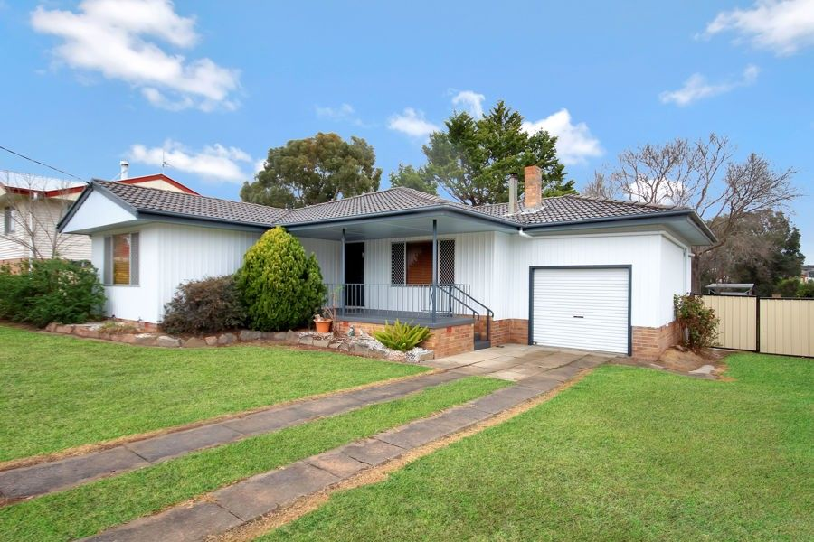 78 Logan Street, Tenterfield NSW 2372, Image 0
