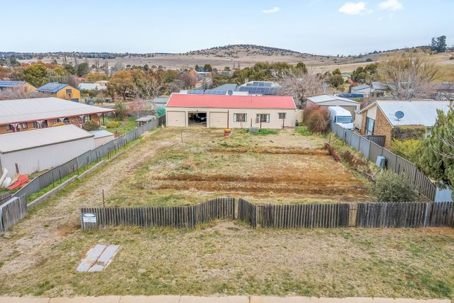 Picture of 4 Jindalee Street, BERRIDALE NSW 2628