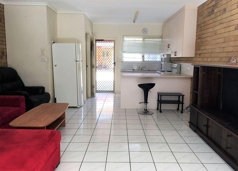 9/6 Grantala Street, Manoora QLD 4870, Image 1