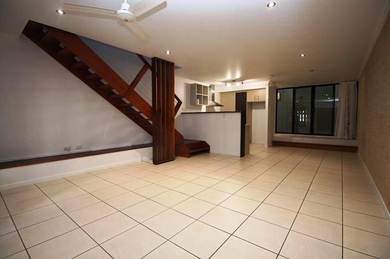 4/23 Echlin Street, West End QLD 4810, Image 1