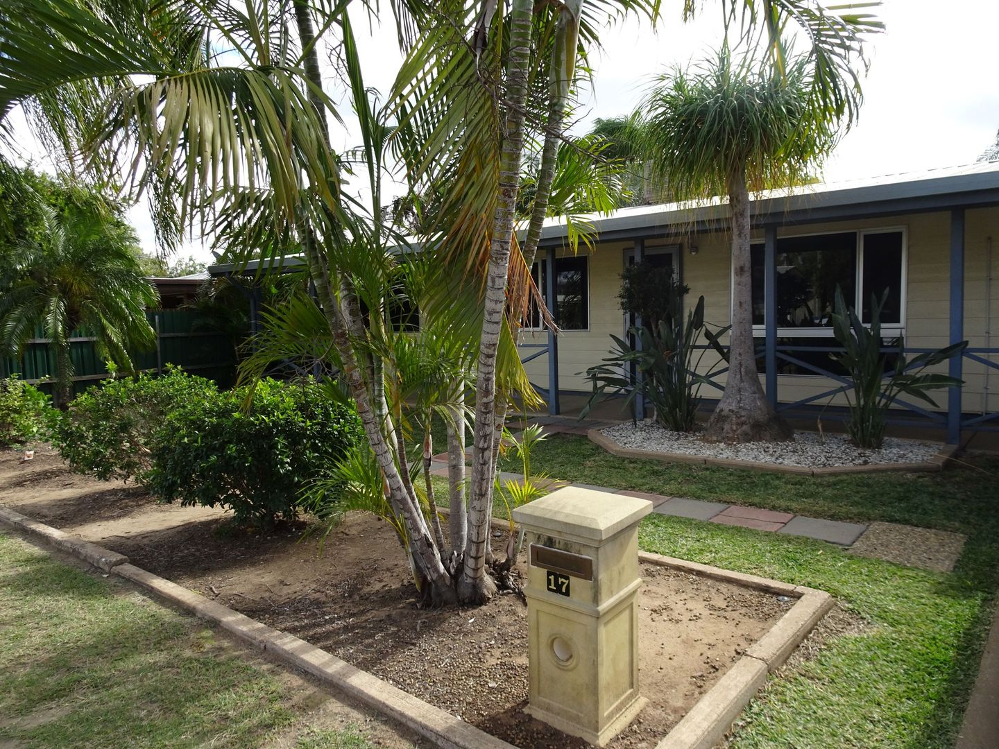 17 Campbell Street, Emerald QLD 4720, Image 1