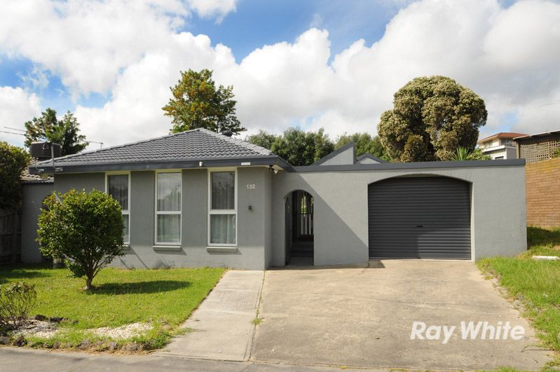 132 Heatherhill Road, Frankston VIC 3199, Image 0