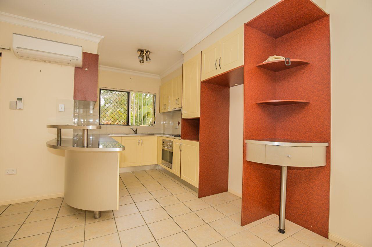 2/3 Shottery Street, Yeronga QLD 4104, Image 2