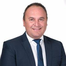 Onder Ozmetin, Sales representative