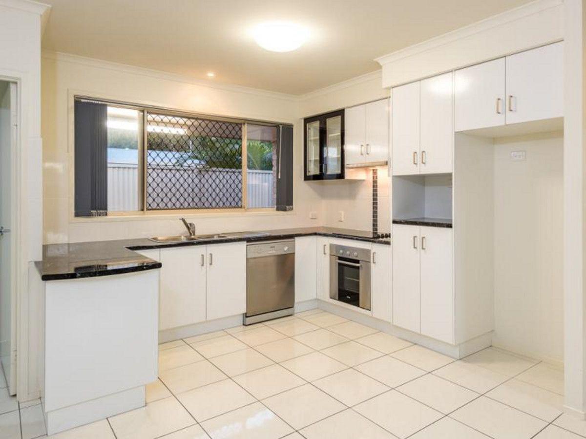 2/54 Avoca Street, Millbank QLD 4670, Image 1