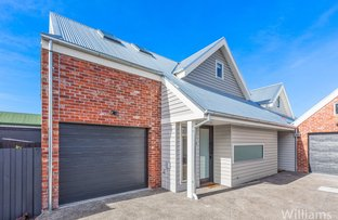 Picture of 2/13 Farm Street, Newport VIC 3015