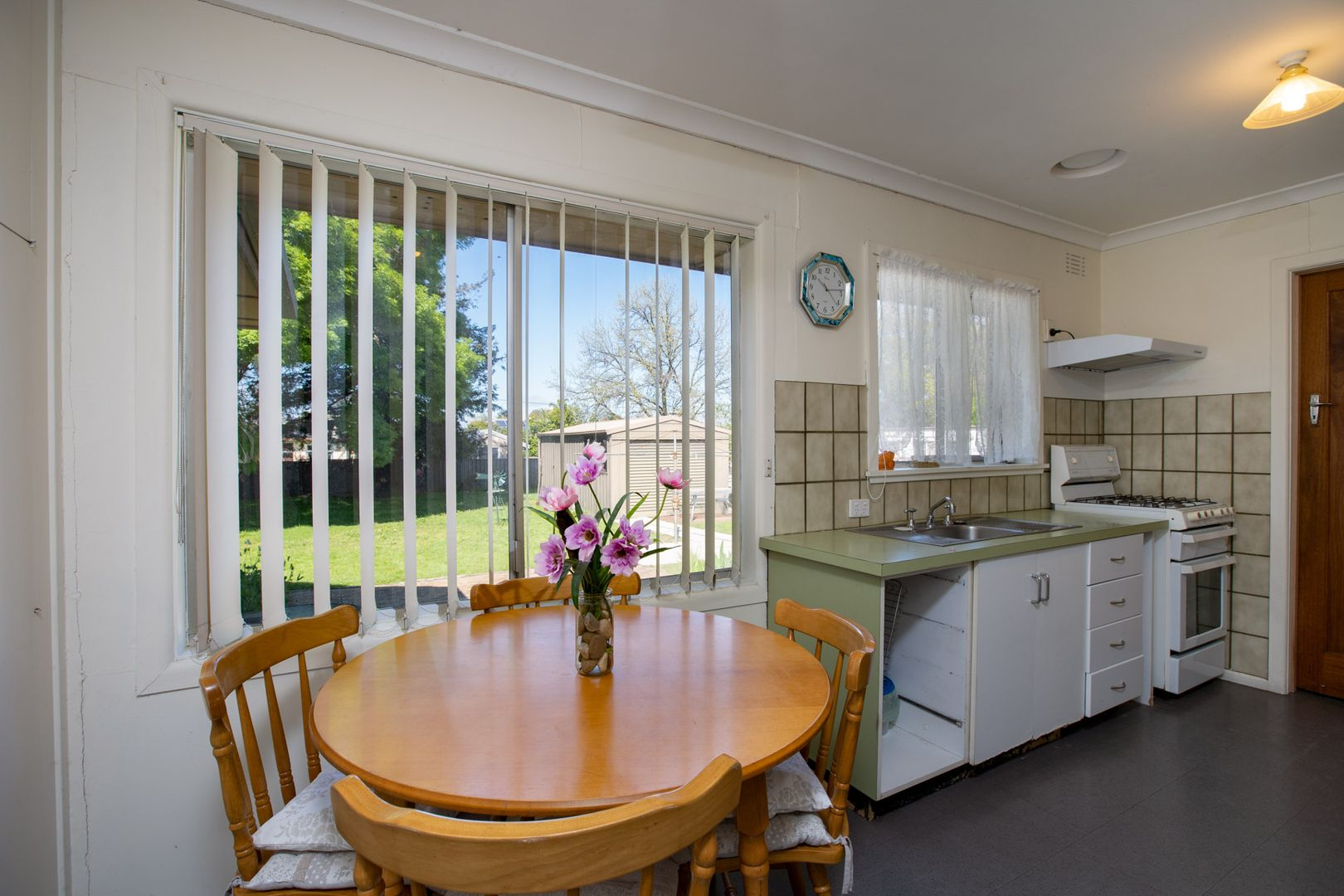 217 Kooba Street, North Albury NSW 2640, Image 2
