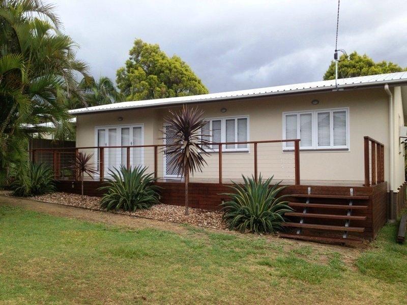 2 Vivian Street, Eastern Heights QLD 4305
