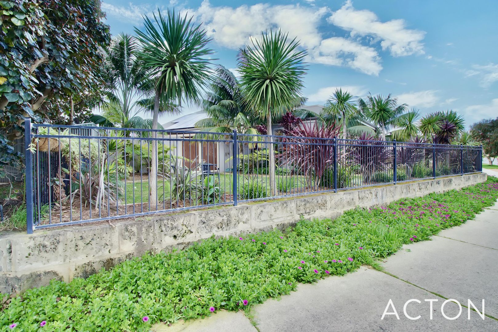 63 Harrington Waters Drive, Waikiki WA 6169, Image 1