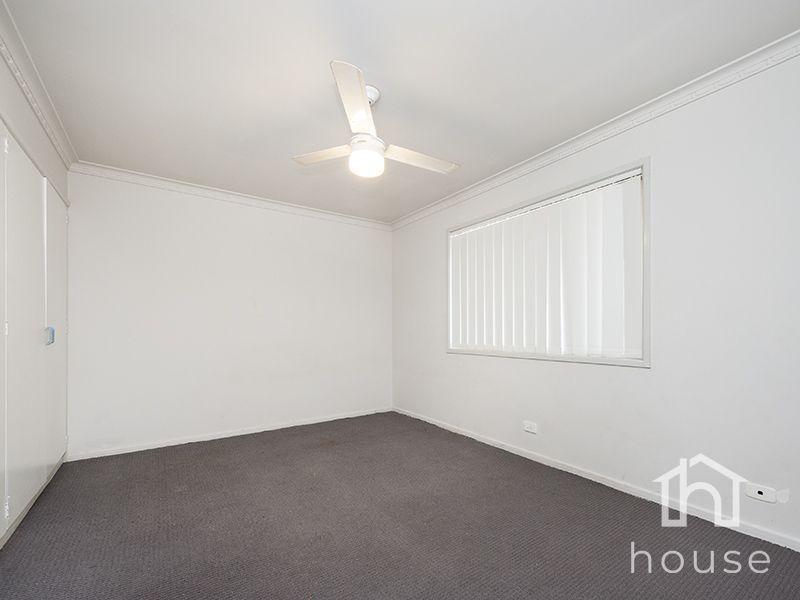 40 Cinderella Drive, Springwood QLD 4127, Image 2