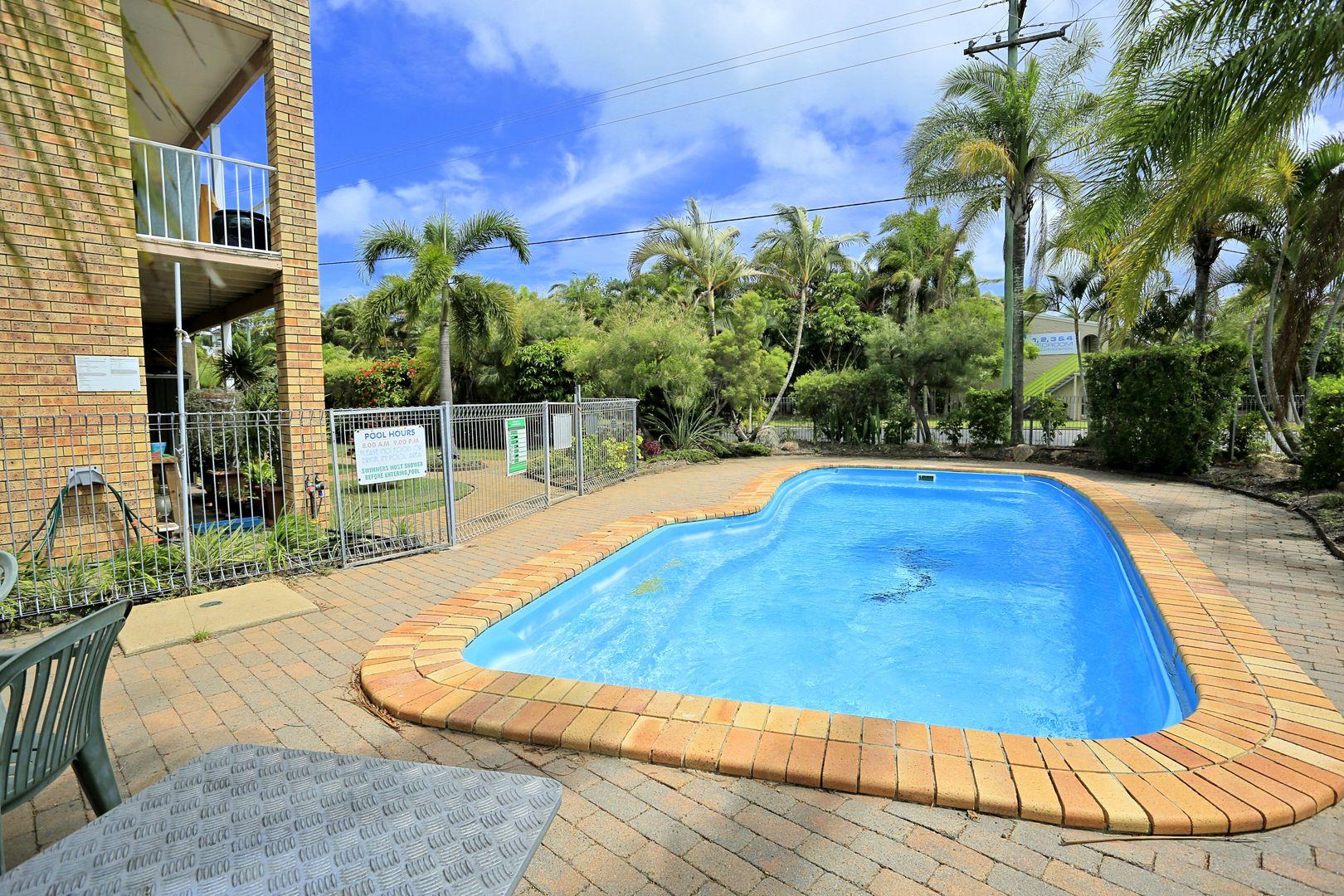 3/99 Cypress Street, Torquay QLD 4655, Image 0