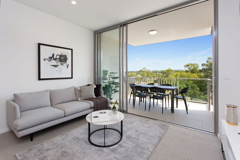 202/54 Lincoln Street, Greenslopes QLD 4120, Image 1
