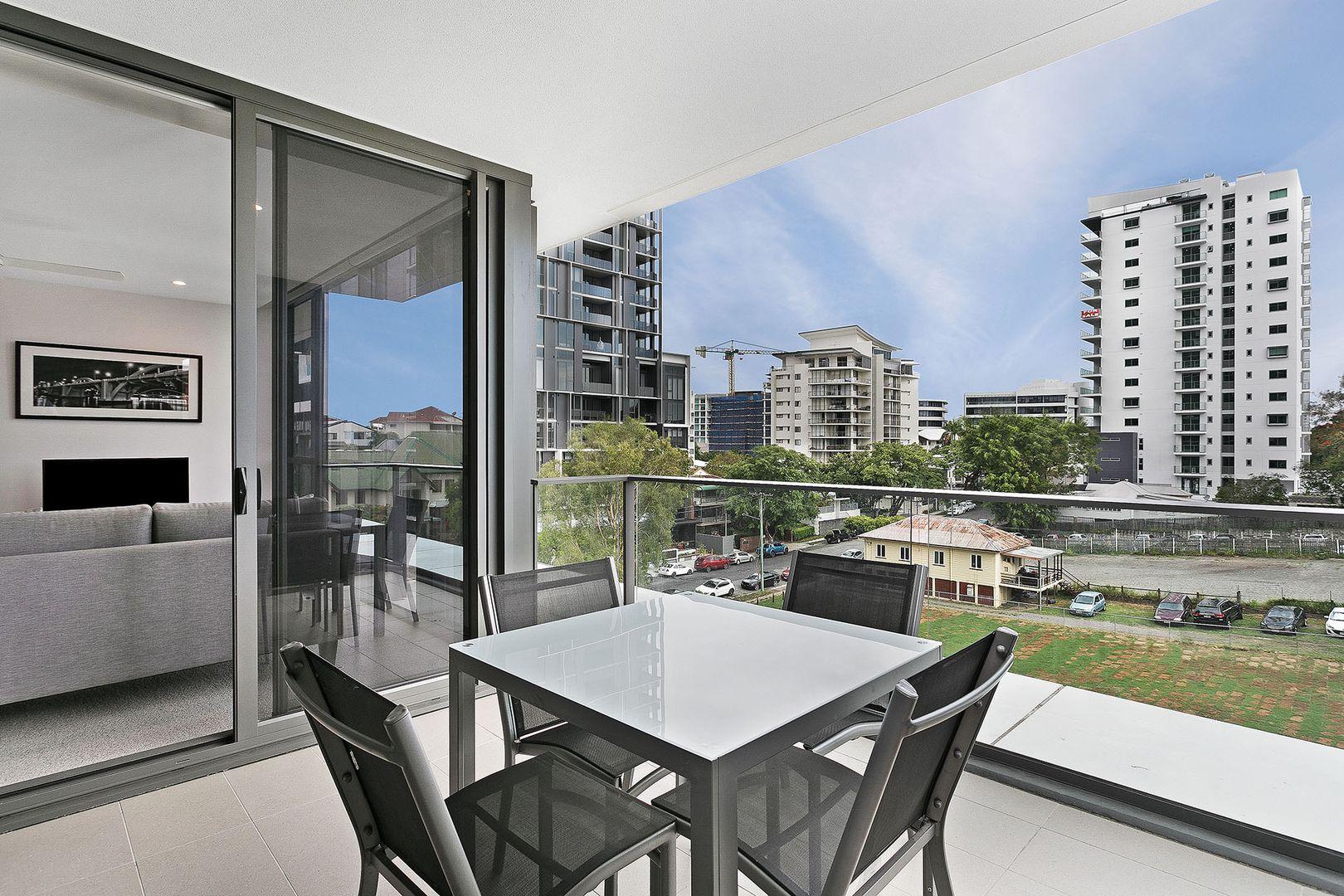 404/55 Railway Terrace, Milton QLD 4064, Image 1