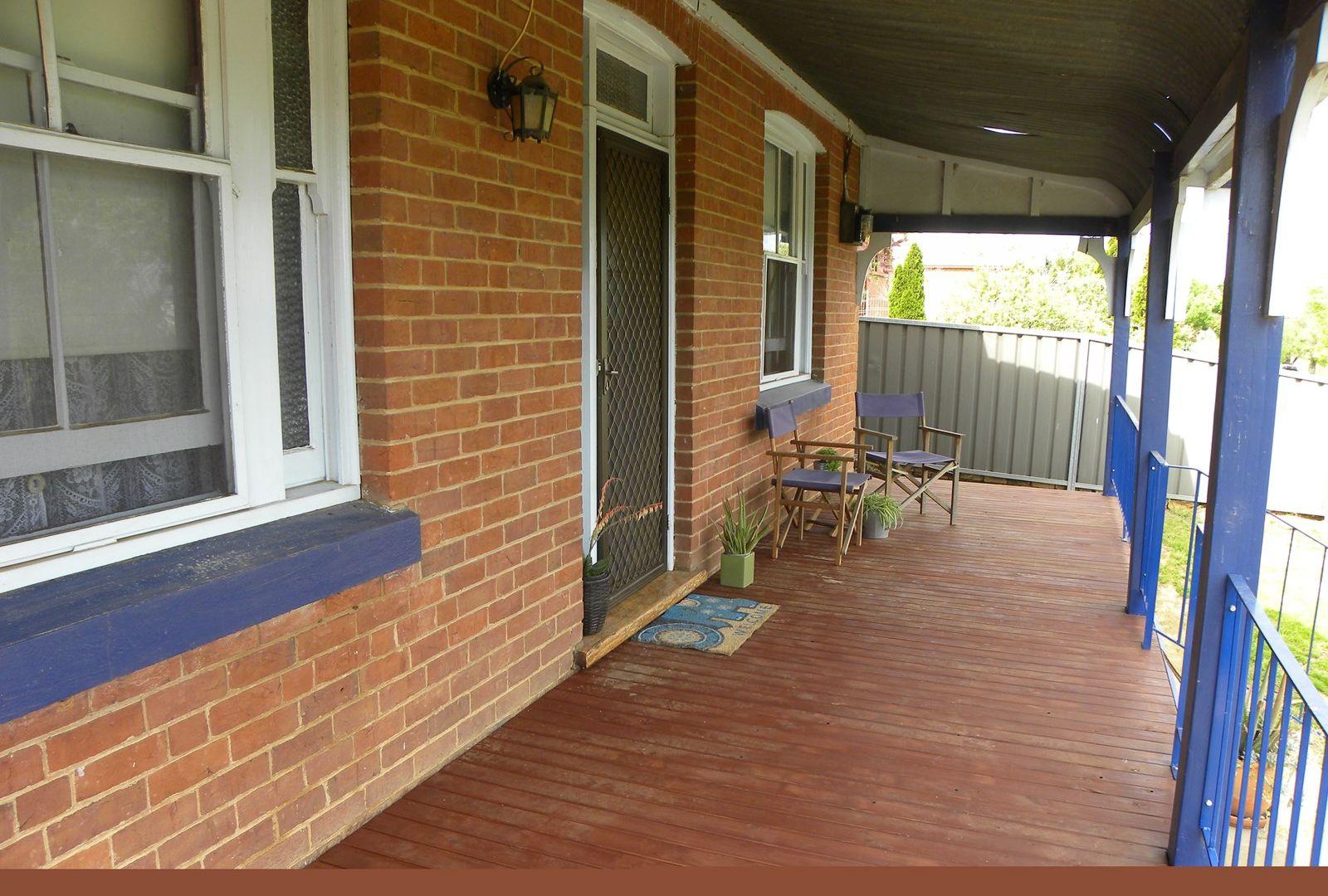 4 Daly Street, Cowra NSW 2794, Image 2
