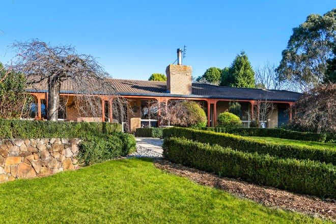 Picture of 8 Coromandel Place, MOSS VALE NSW 2577
