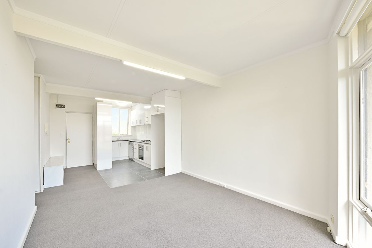 13/17-19 The Avenue, Windsor VIC 3181, Image 2