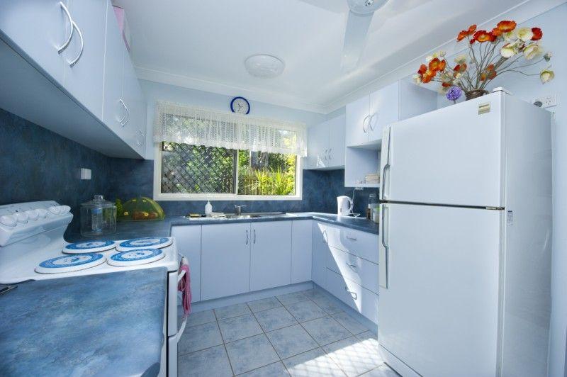 73 Picnic Street, Picnic Bay QLD 4819, Image 2
