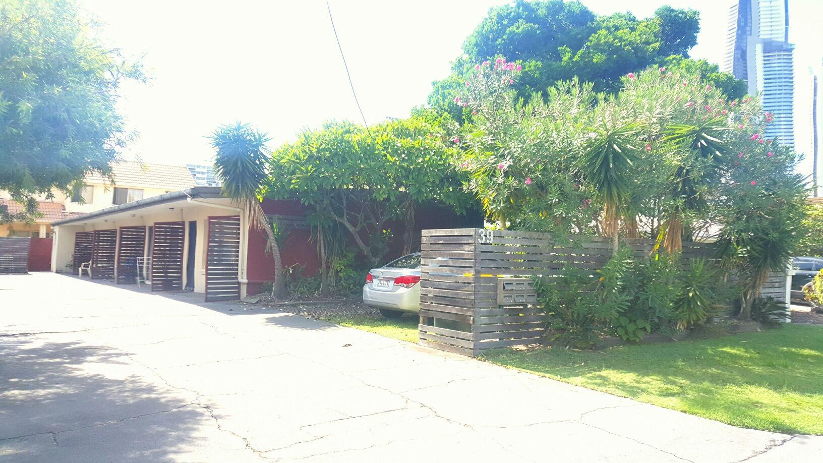 4/39 Darrambal Street, Chevron Island QLD 4217, Image 0