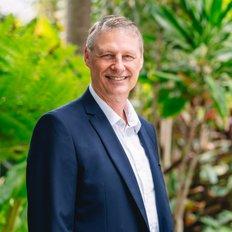 Jonathan Pattinson, Principal