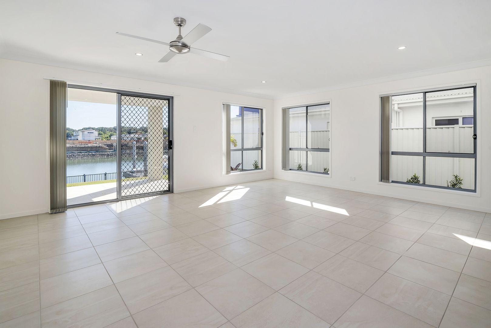 72 North Quay Circuit, Hope Island QLD 4212, Image 1
